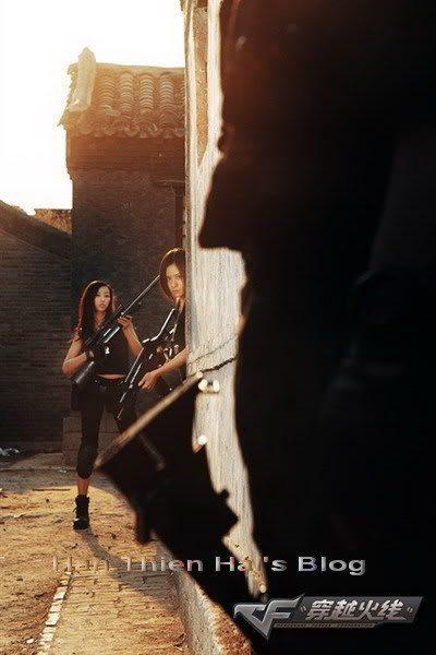 Cosplay Đột Kích: Biệt đội nữ nóng bỏng 10