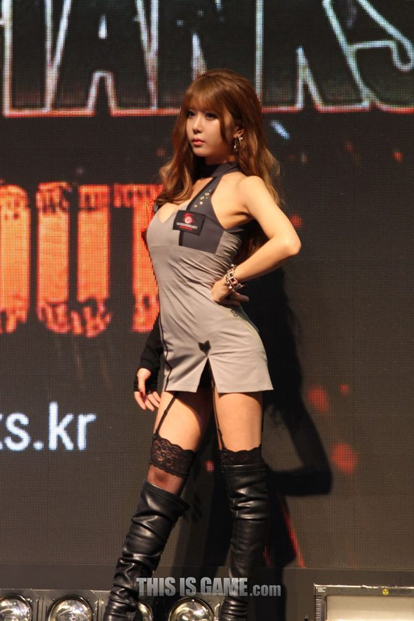 131115_gamelandvn_wargaming03
