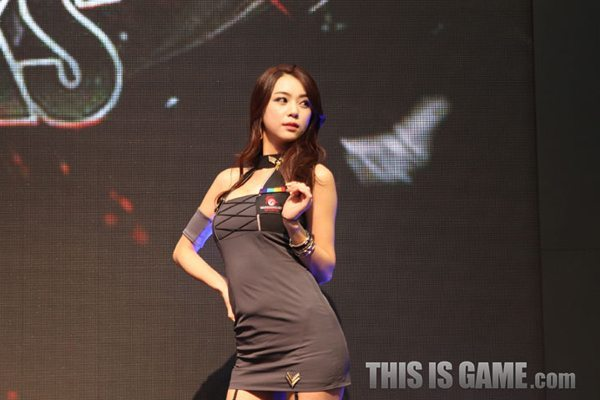 131115_gamelandvn_wargaming27