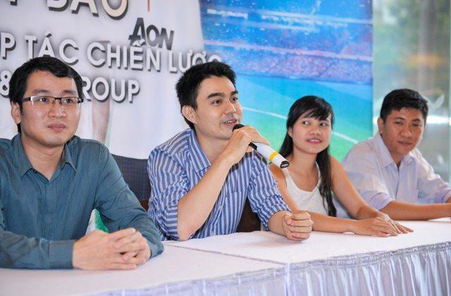 Đại diện YAN và SSGroup trả lời thắc mắc của giới truyền thông