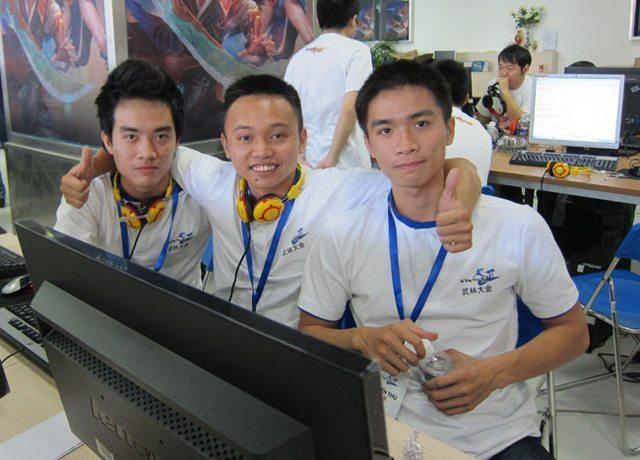 Các thành viên của đội JX2Team