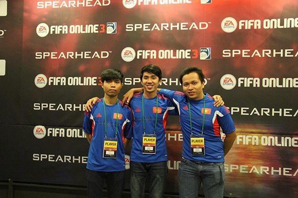 Thái Bảo, Quang Tuấn và Hoài Phúc tại Spearhead Invitational 2014
