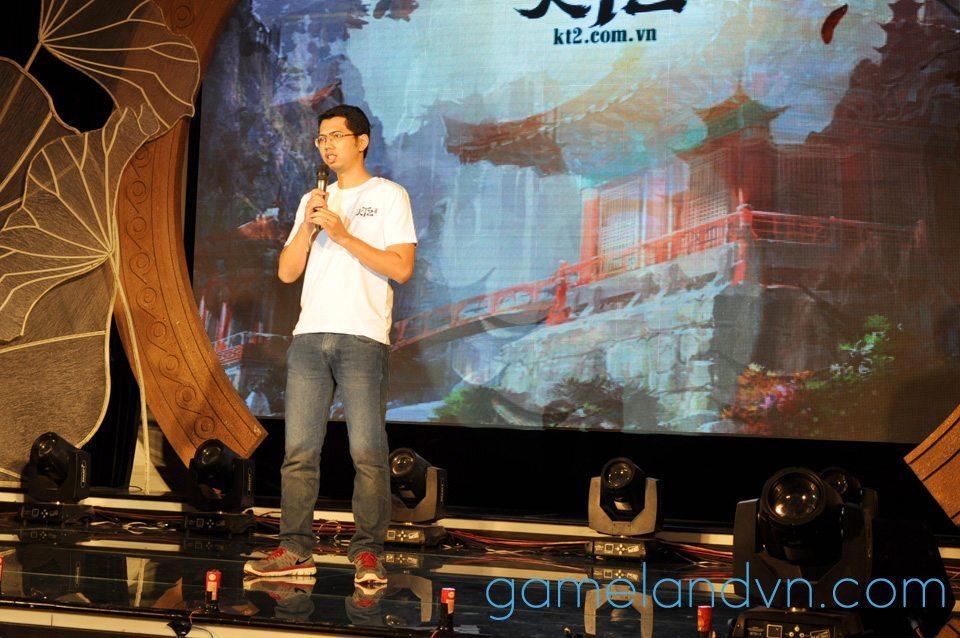 Ông Trần Tấn Bá, Giám đốc Sản phẩm Kiếm Thế 2, chia sẻ định hướng phát triển sản phẩm