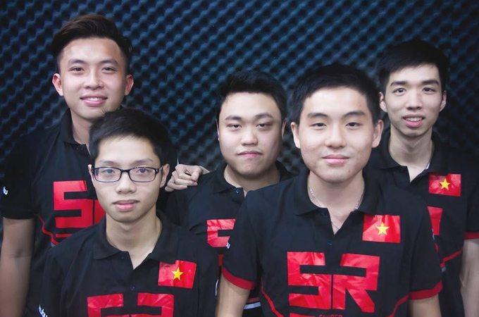 Các chàng trai của đội tuyển CS:GO Skyred