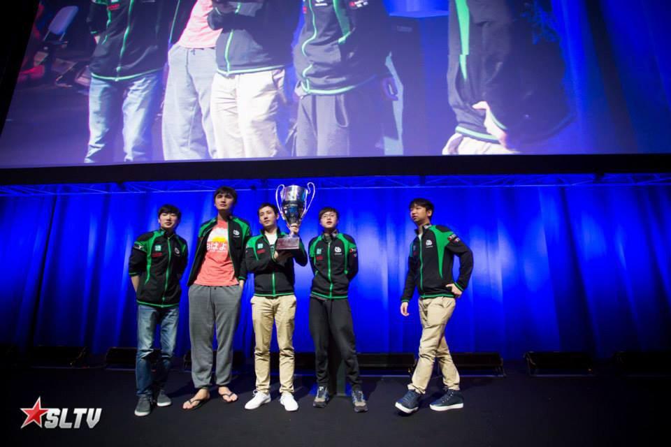 Vici Gaming nâng cúp vô địch Star Ladder Star Series Season 12