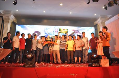 Vinh danh bang hội đoạt giải Bang Hội Tranh Đoạt Chiến 9 2