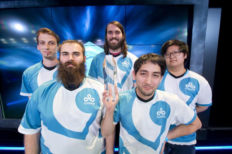 Cloud9 nâng cúp vô địch North America Spring Regional 2016