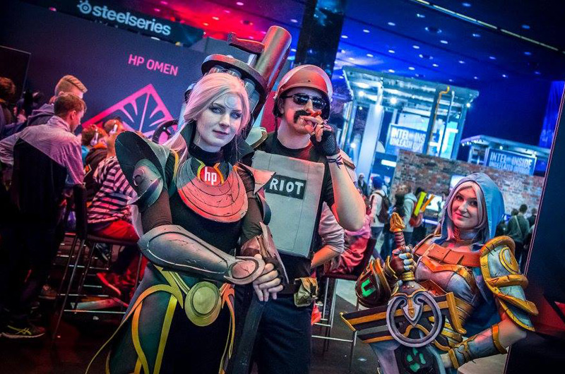 Chiêm ngưỡng cosplay LMHT tại IEM Katowice 2016 - Ảnh 05