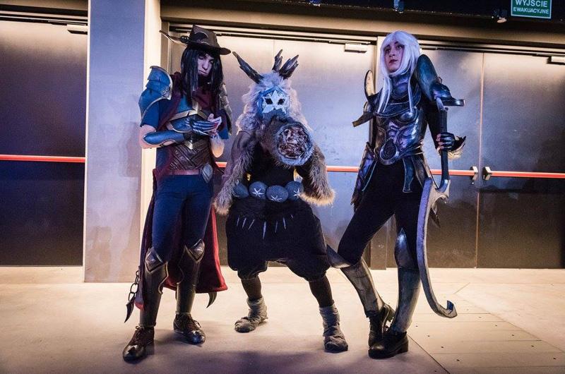 Chiêm ngưỡng cosplay LMHT tại IEM Katowice 2016 - Ảnh 13