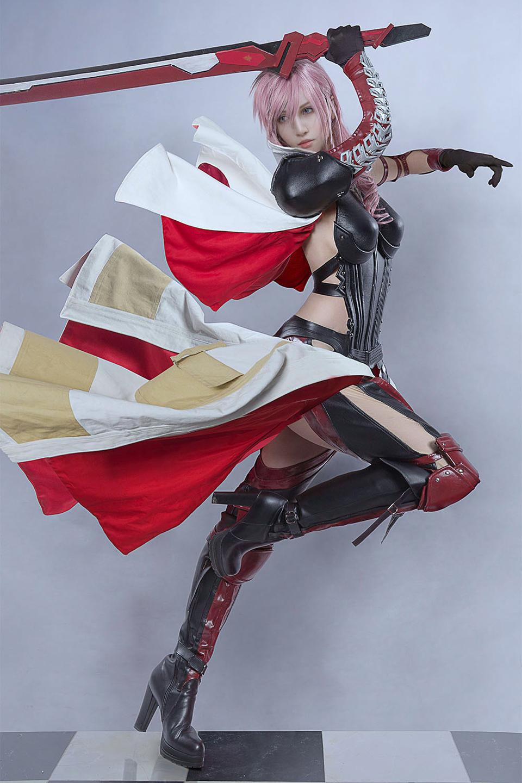 Ngắm cosplay Lightning đẹp như game của Kilory - Ảnh 1