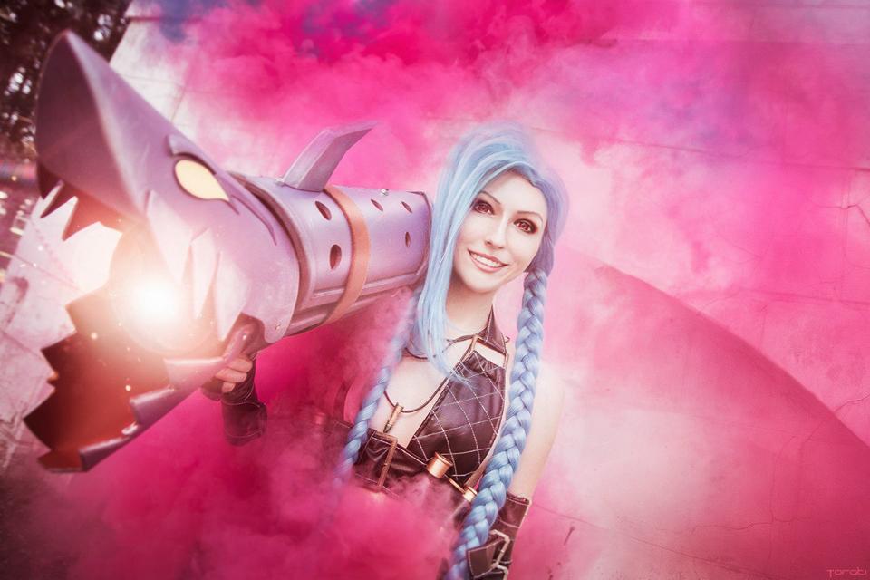 Ngắm cosplay Jinx cực đẹp của Manyasha - Ảnh 04