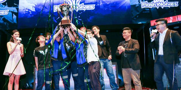 Flash Wolves vô địch LMS Mùa Xuân 2016