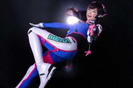 Ngắm cosplay Overwatch cực quyến rũ của Tasha và Miyuko 5