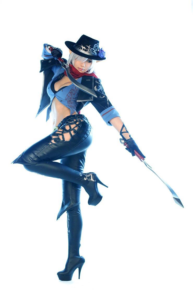 Tasha và Doremi cực quyến rũ với cosplay Dungeon Fighter Online