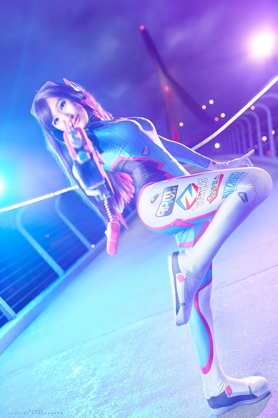 Overwatch: Đến lượt Rinnie Riot trình làng cosplay D.Va