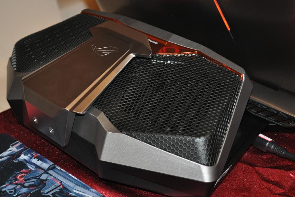 ASUS giới thiệu siêu phẩm ROG GX700 dành cho game thủ - Ảnh 01
