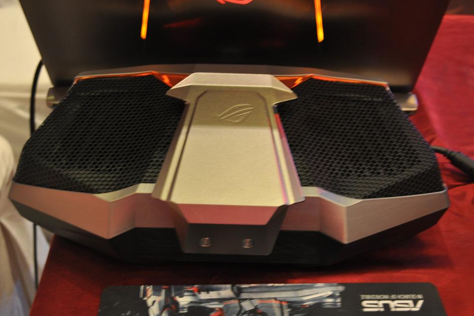 ASUS giới thiệu siêu phẩm ROG GX700 dành cho game thủ - Ảnh 02