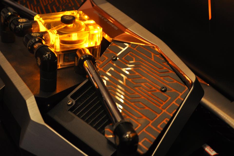 ASUS giới thiệu siêu phẩm ROG GX700 dành cho game thủ - Ảnh 12