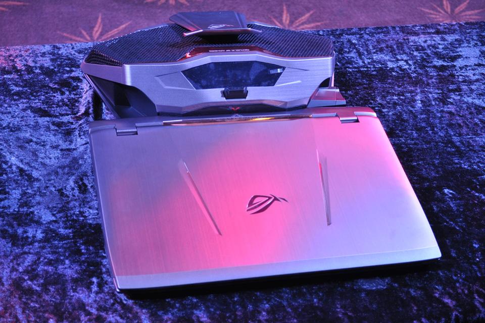 ASUS giới thiệu siêu phẩm ROG GX700 dành cho game thủ - Ảnh 15