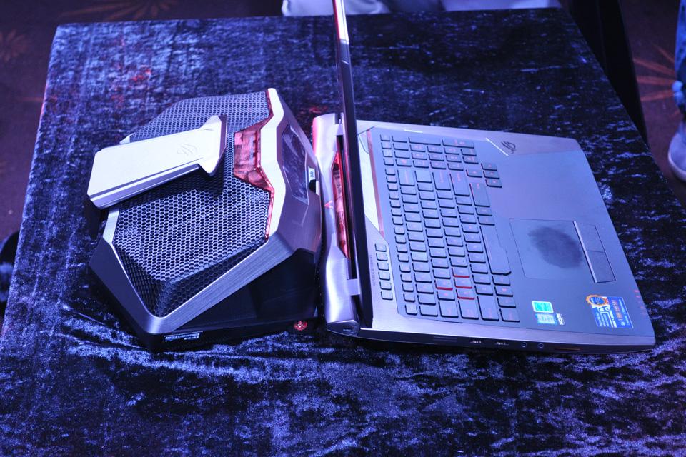 ASUS giới thiệu siêu phẩm ROG GX700 dành cho game thủ - Ảnh 16