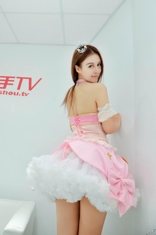 Chiêm ngưỡng loạt showgirl cực quyến rũ tại ChinaJoy 2016 - Ảnh _19