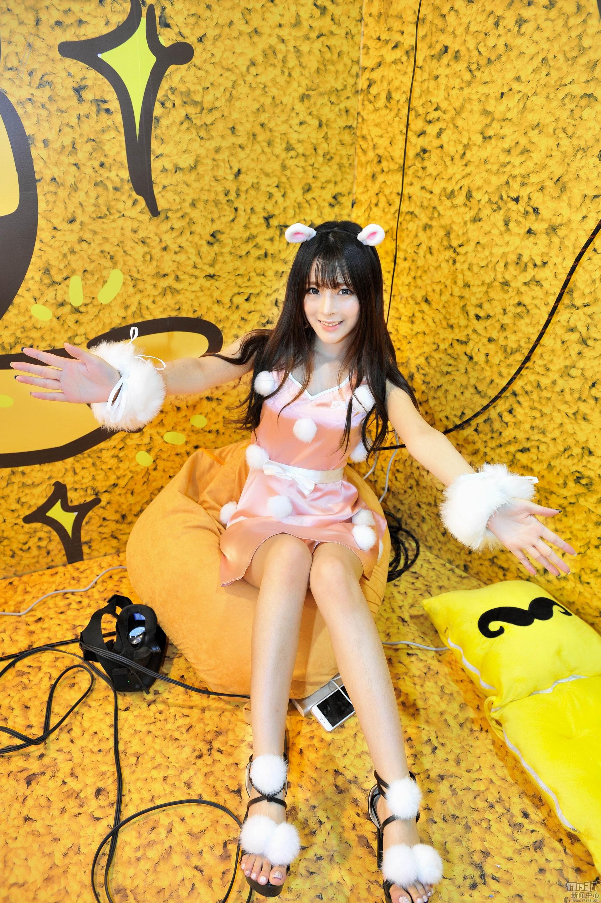 Chiêm ngưỡng loạt showgirl cực quyến rũ tại ChinaJoy 2016 - Ảnh _31