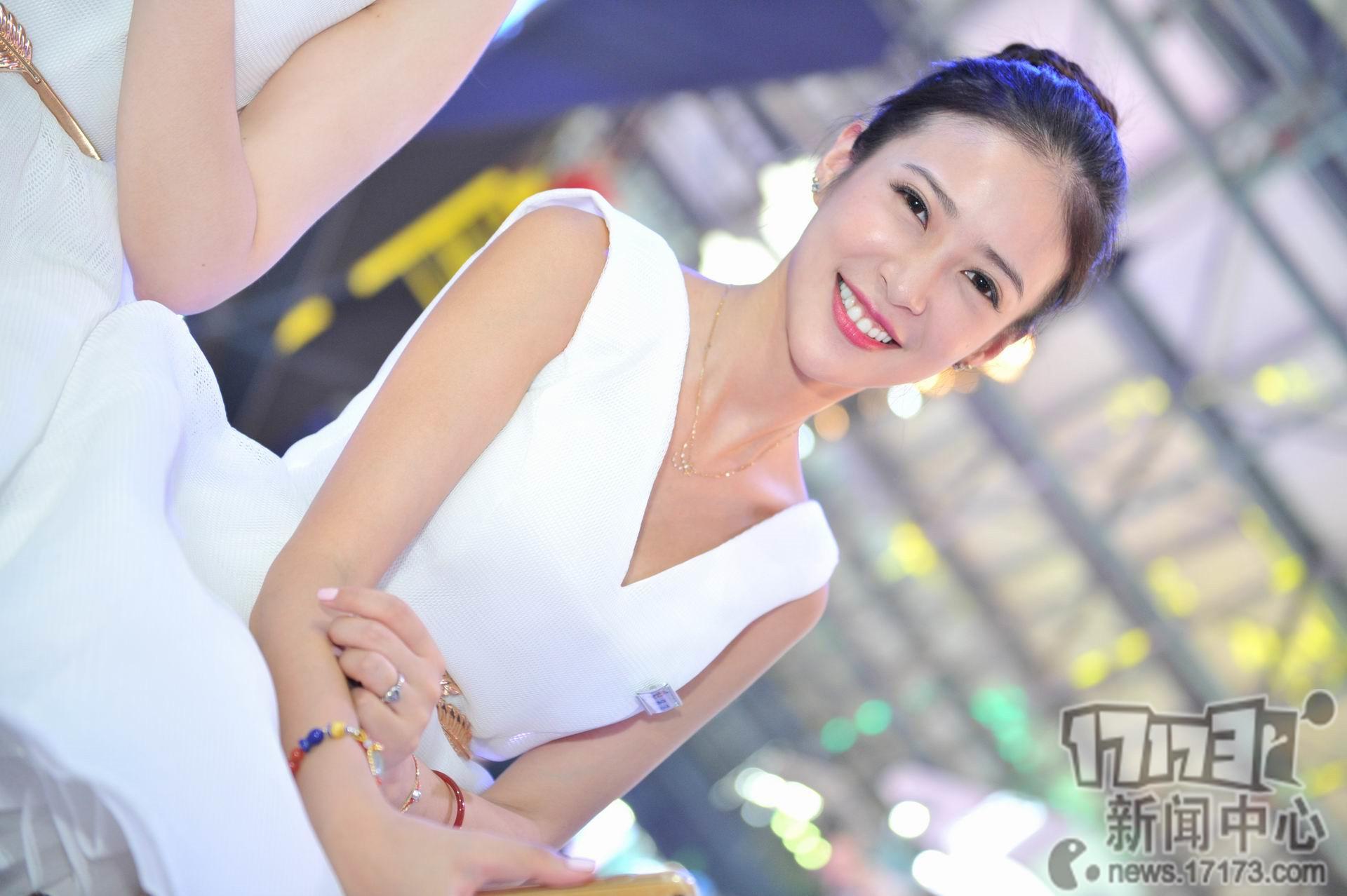 Chiêm ngưỡng loạt showgirl cực quyến rũ tại ChinaJoy 2016 - Ảnh _41