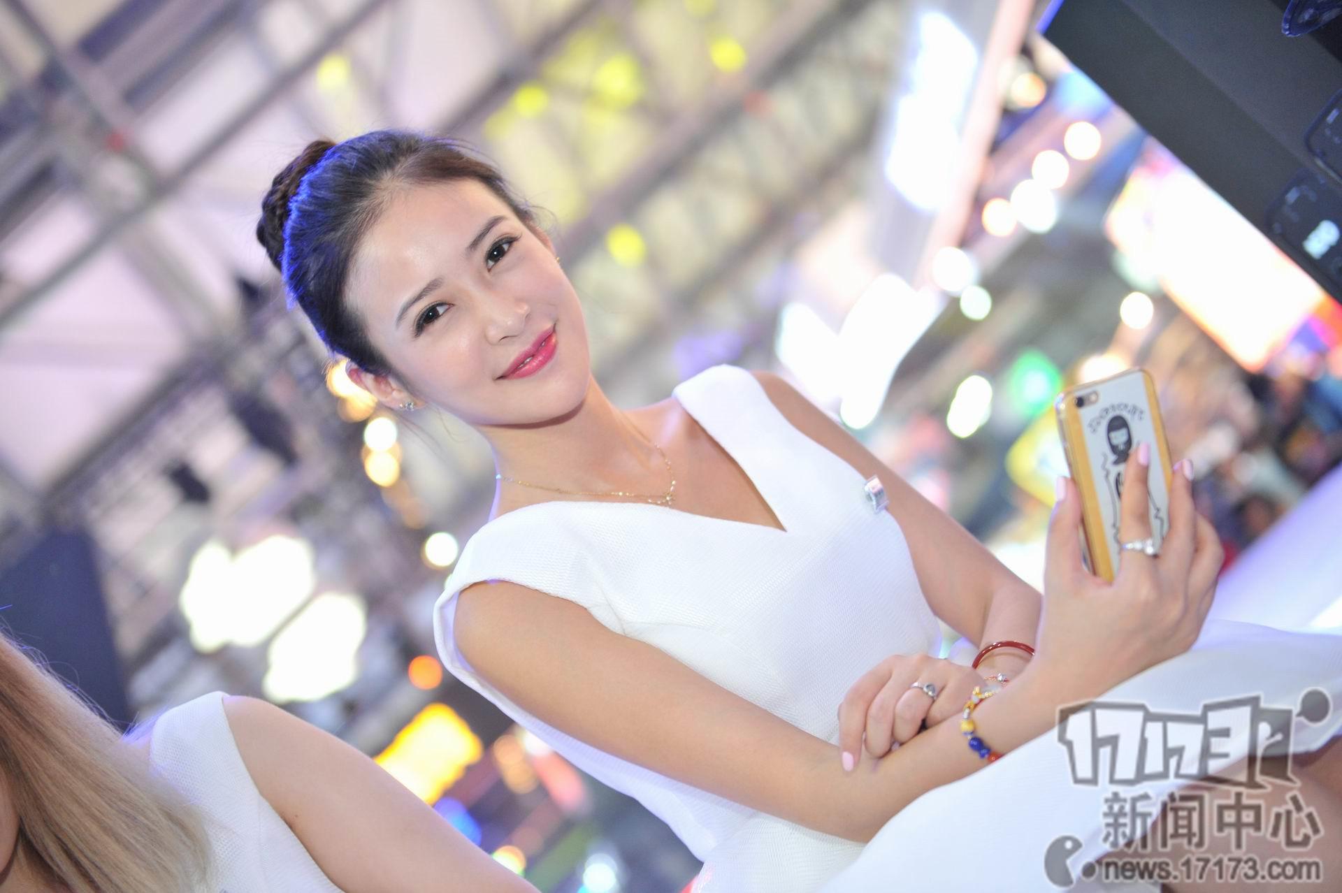 Chiêm ngưỡng loạt showgirl cực quyến rũ tại ChinaJoy 2016 - Ảnh _42