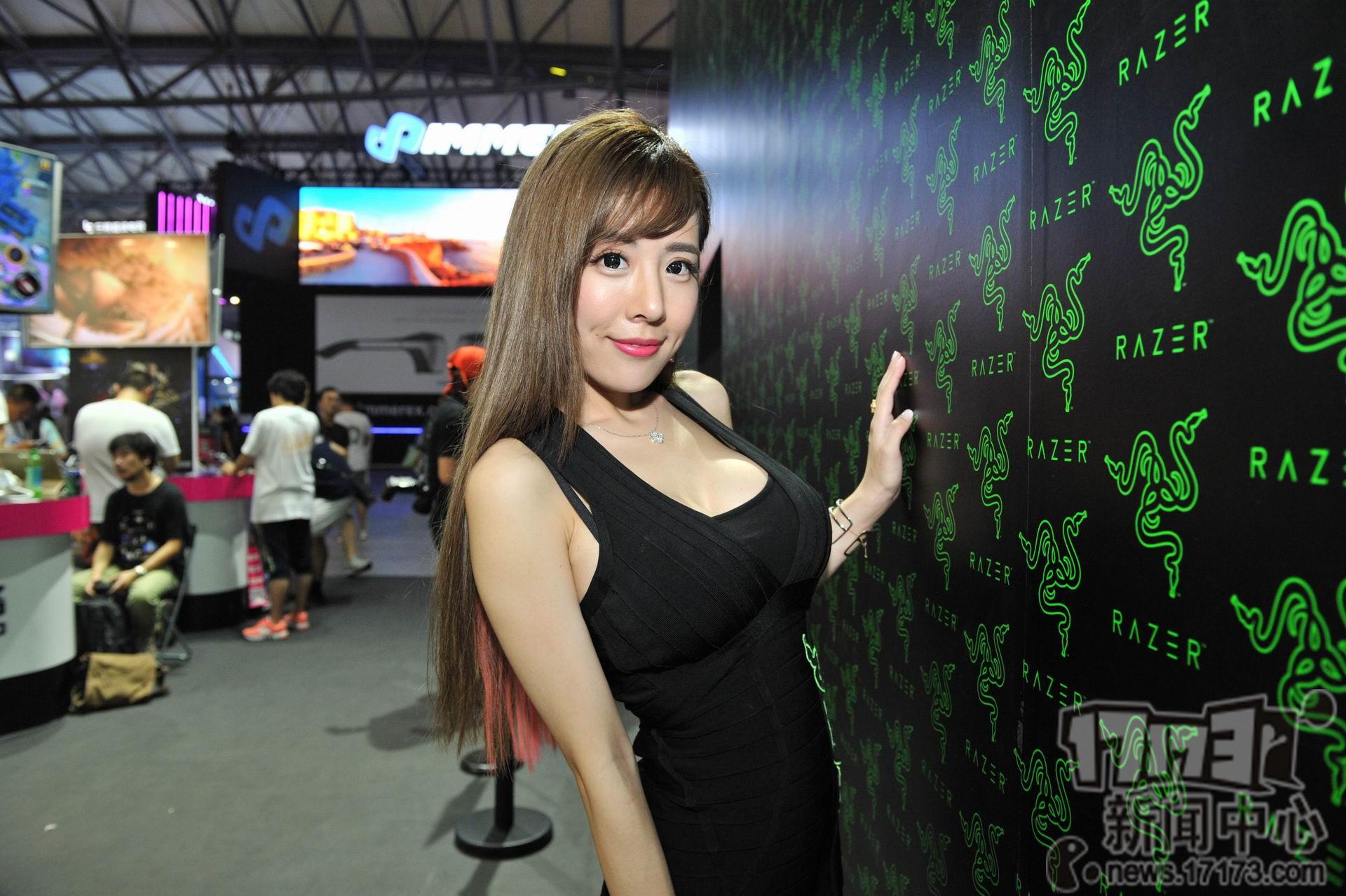 Chiêm ngưỡng loạt showgirl cực quyến rũ tại ChinaJoy 2016 - Ảnh _44