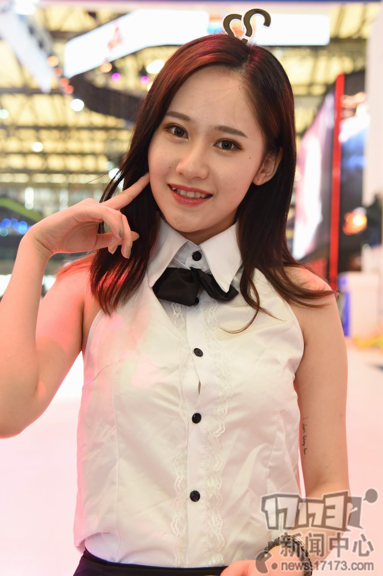 Chiêm ngưỡng loạt showgirl cực quyến rũ tại ChinaJoy 2016 - Ảnh _48