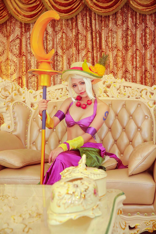 Ngắm cosplay Sorka Hội Chuối Cả Nải cực quyến rũ của YN