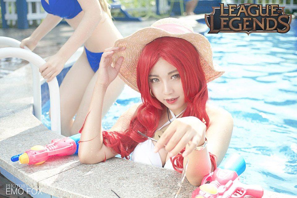 Chiêm ngưỡng cosplay Tiệc Bể Bơi cực quyến rũ của nhóm Summoner - Ảnh số 11