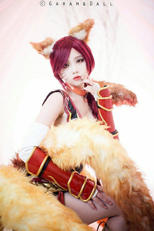 LMHT: Chiêm ngưỡng cosplay Ahri Hỏa Hồ Li cực quyến rũ