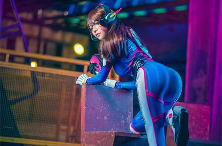 160928_gamelandvn_dva_cosplay_tintuc