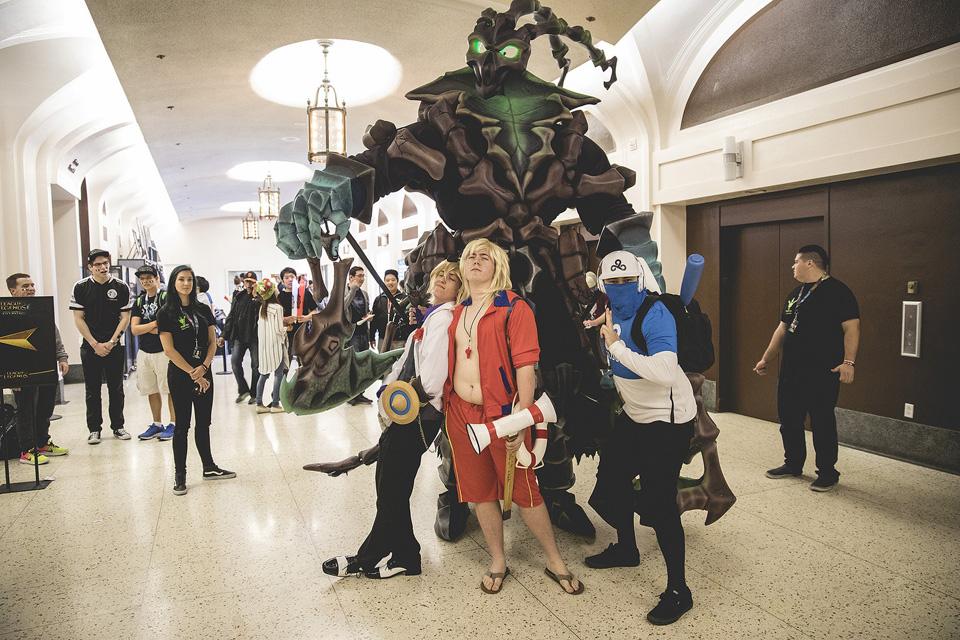 Cosplay Liên Minh Huyền Thoại tại vòng bảng Chung Kết Thế Giới 2016 - Ảnh 09