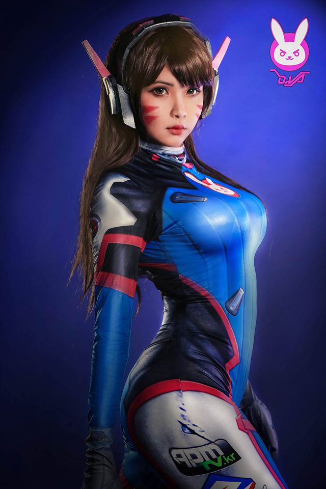 D.Va cosplay by Hana Dinh - 03