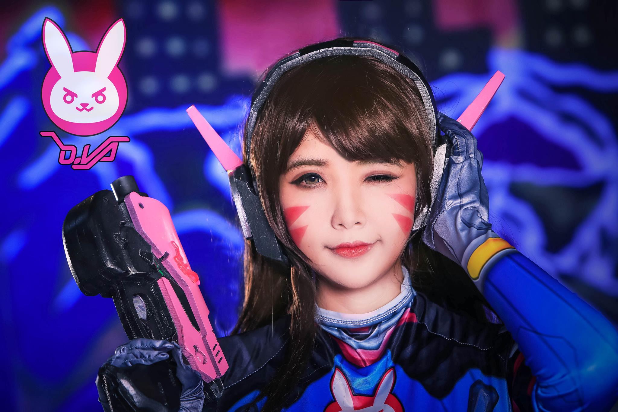 D.Va cosplay by Hana Dinh - 07