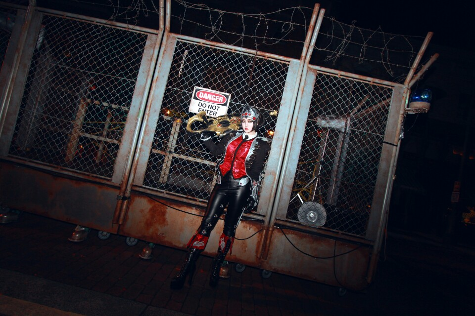 Ngắm cosplay Huntress Widowmaker của Akhee - Ảnh 02