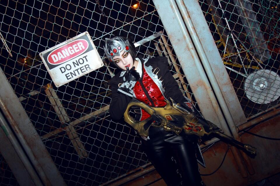 Ngắm cosplay Huntress Widowmaker của Akhee - Ảnh 05