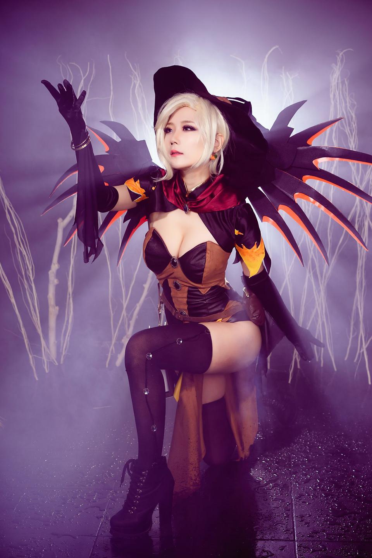 Overwatch: Ngắm cosplay Witch Mercy cực quyến rũ của Jcos - Ảnh 17