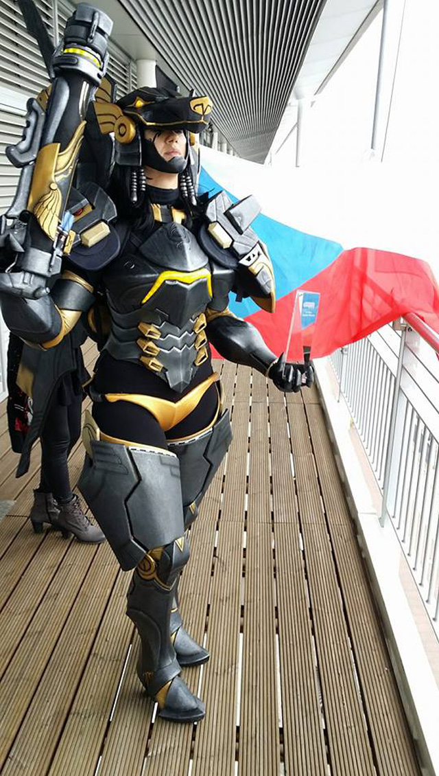 161102_anubis_pharah_cosplay_04