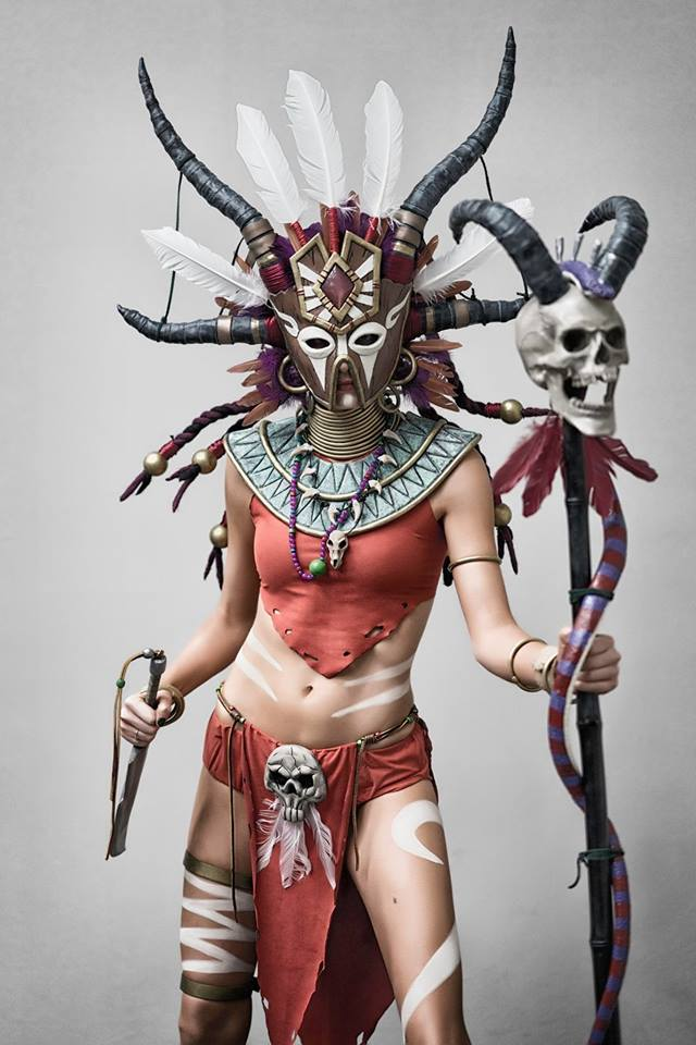 Diablo 3 Witch Doctor cosplay by Methyl Ethyl Cosplay - Photo 02