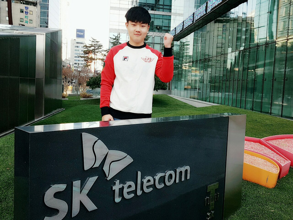LMHT: Huni và Profit gia nhập SK Telecom T1