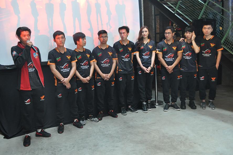 Đội hình 9 thành viên của ROG FFQ
