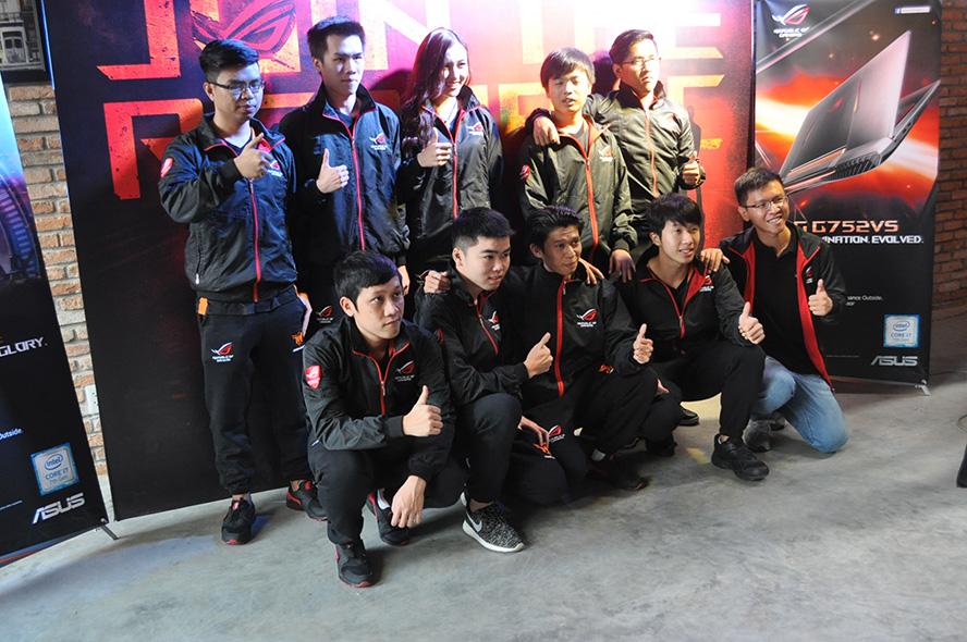 Đội hình của ROG FFQ có sự góp mặt của rất nhiều tuyển thủ kỳ cựu