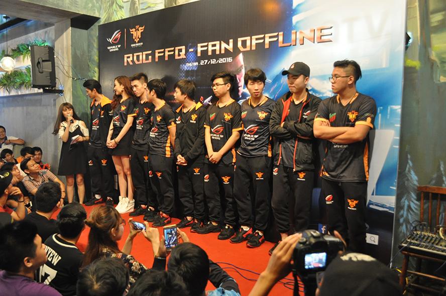 QTV Center chật kín người hâm mộ đến giao lưu 5