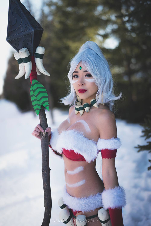Cosplay Nidalee Thỏ Tuyết