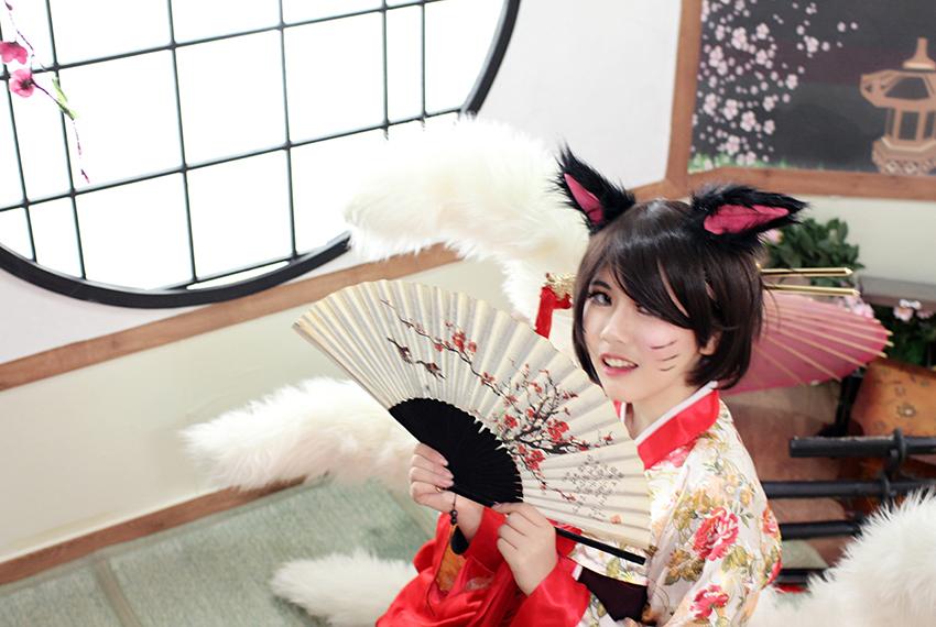 Raming quyến rũ với cosplay Ahri cùng Hanbok