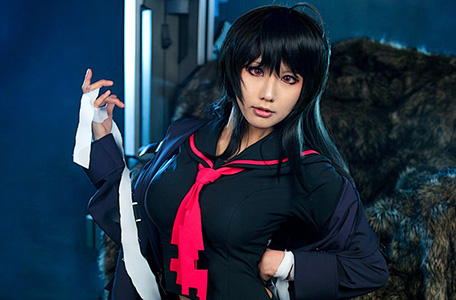 Tasha cực ngầu với cosplay Iris Yuma 1