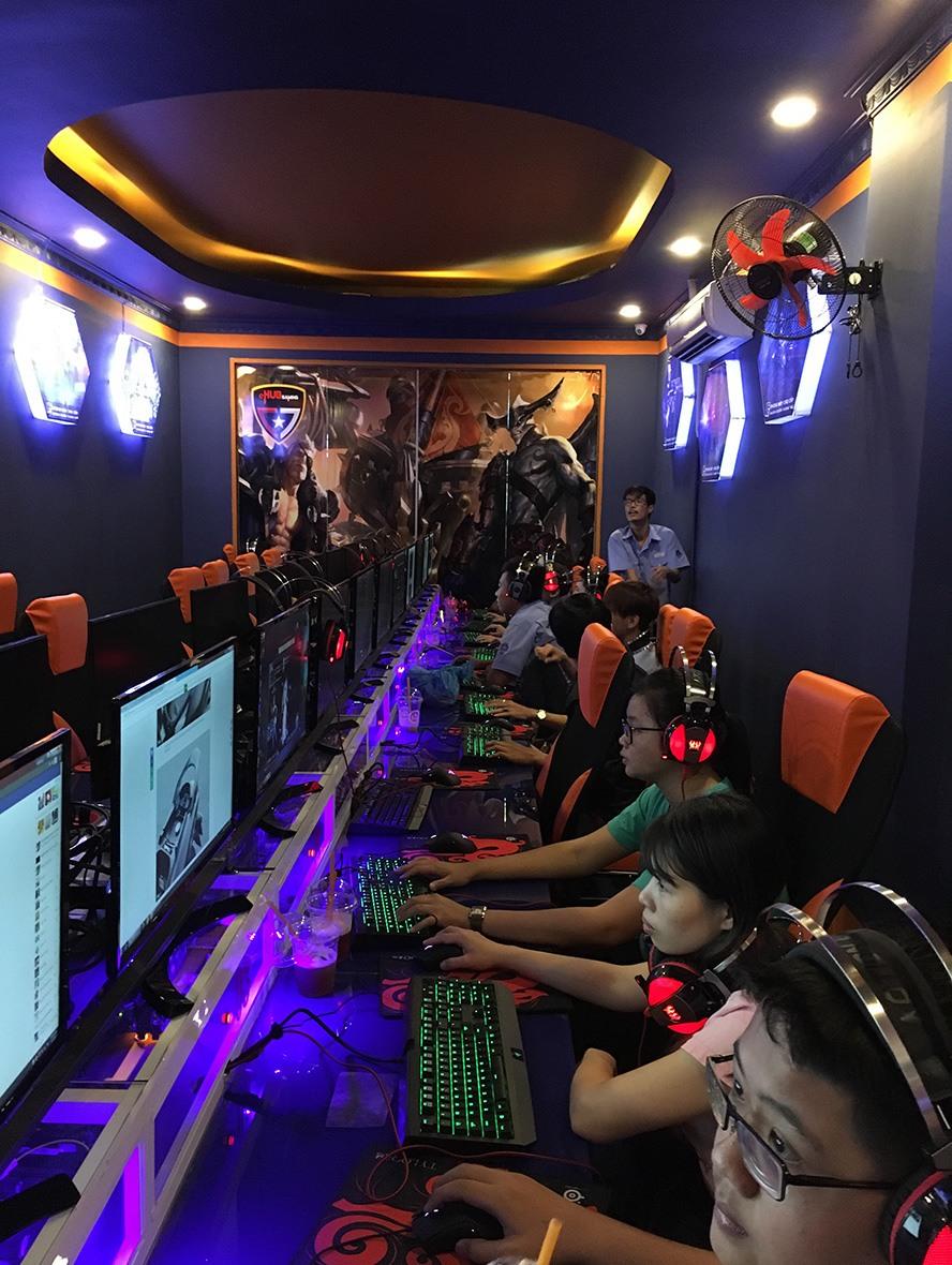 eHub Gaming Trường Tuấn 3: Khi phòng máy kết hợp cafe sang chảnh - Ảnh 8